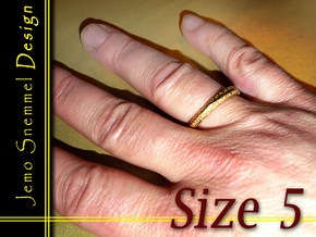 """Mobius ring """"I Love You Forever"""" Size 5 in Matte Gold Steel"""