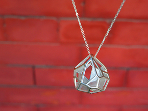 Droplet Pendant in Polished Silver