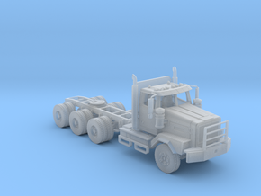Western Star Tri-Axle Off Road 1/87 in Frosted Ultra Detail