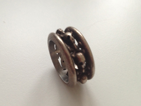 Scullring in Polished Silver