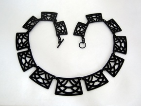 Trellis Necklace - Multiple Links: One Print in Black Strong & Flexible