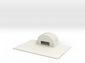 1/700 Medium Hanger With Tarmac in White Strong & Flexible