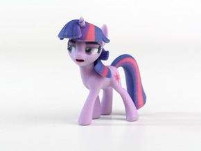 My Little Pony - Twilight Posed (�65mm tall) in Full Color Sandstone