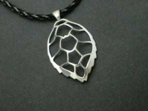 Hawksbill sea turtle pendant in Rhodium Plated