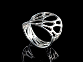 1-layer twist ring in Polished Silver