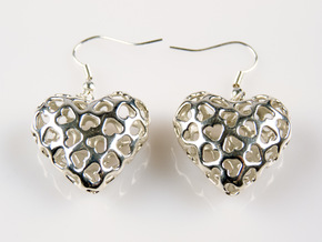 Small hearts, Big love (Earrings) in Polished Silver