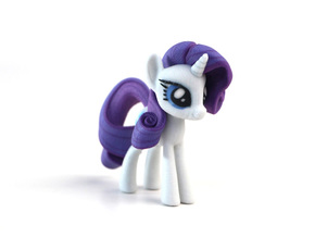 My Little Pony - Rarity (�75mm tall) in Full Color Sandstone