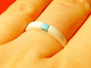 1-bit ring (US8/⌀18.2mm) in White Strong & Flexible Polished