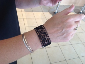 Roman birthday honeycomb bangle in Black Strong & Flexible