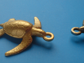 Sea Turtle Pendant in Polished Gold Steel