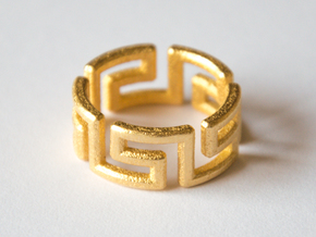 Labyrinthos Ring in Polished Gold Steel
