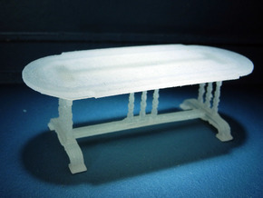 1:48 Old English Oval Table in Frosted Ultra Detail
