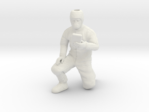 Clean Room Workman Nr. 1 / 1:20 in White Strong & Flexible