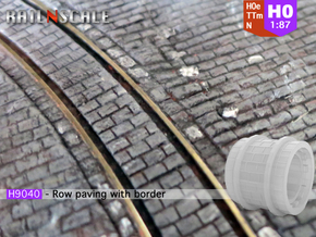 Row paving with border (H0e 1:87) in Frosted Ultra Detail
