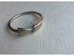 Arrow Ring in Polished Silver