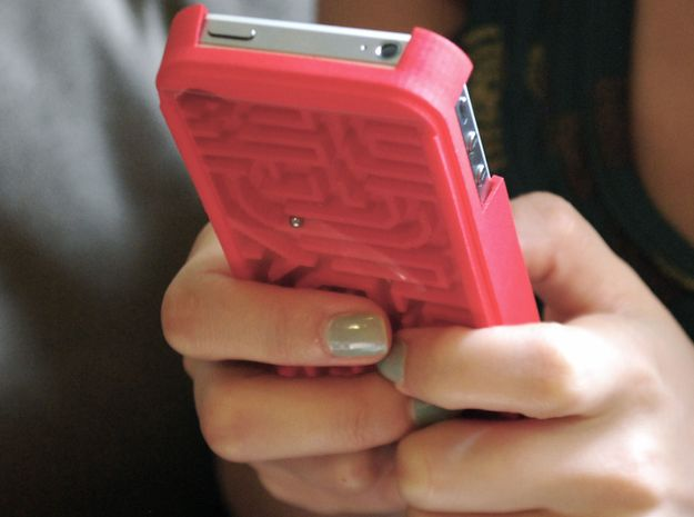 FLYHIGH: IPhone4 Maze Case 3d printed Work!