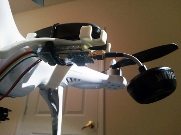DJI Phantom - Garmin GTU 10 GPS Bracket 3d printed Mount your FPV gear and still have clearance to view your status LED.