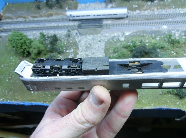 NZ120 Silver fern Railcar (1/3) 3d printed Showing fitting of Likelike Chassis with bogie removed