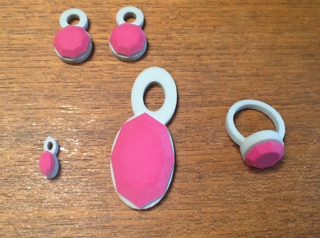 Lara Pink Sapphire Set 3d printed Ring is smaller this old model