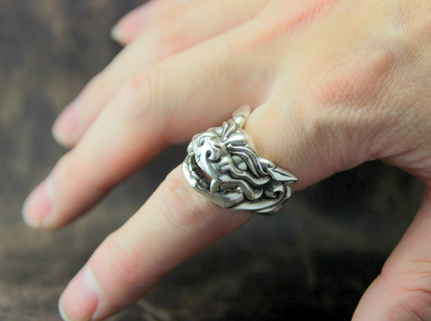 "Fu Dog (Komainu) ""a"" Ring 3d printed This material is Polished Silver , Patinated with bleach"