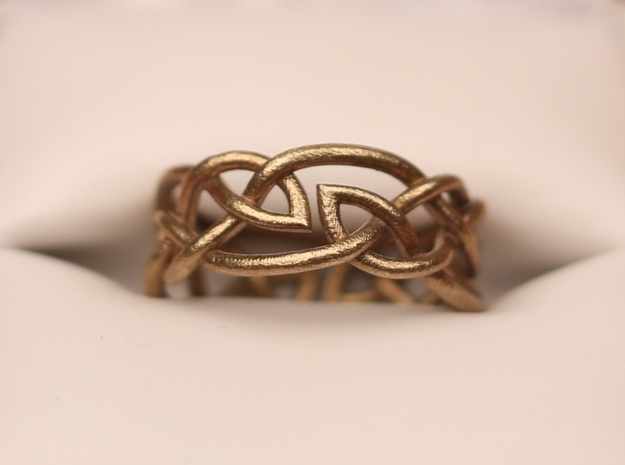 Double Leaf Celtic Knot Ring Size 6.5 3d printed Size 6.5