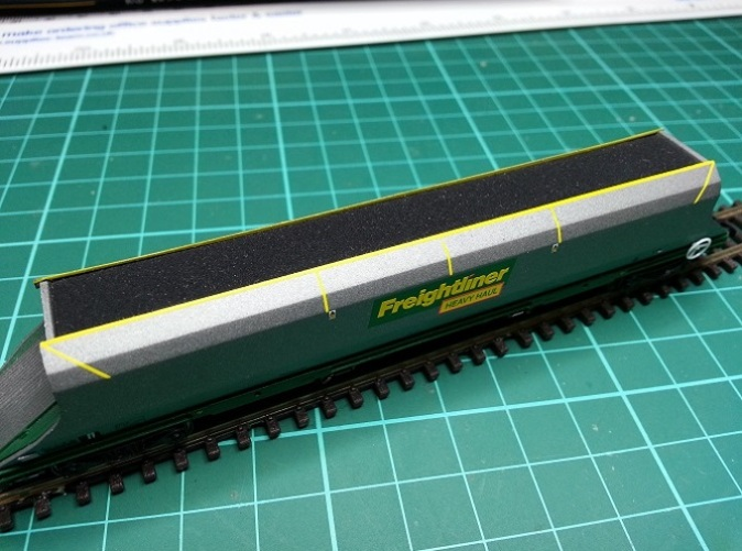 Load for N Gauge Graham Farish Freightliner 100t HHA Hopper