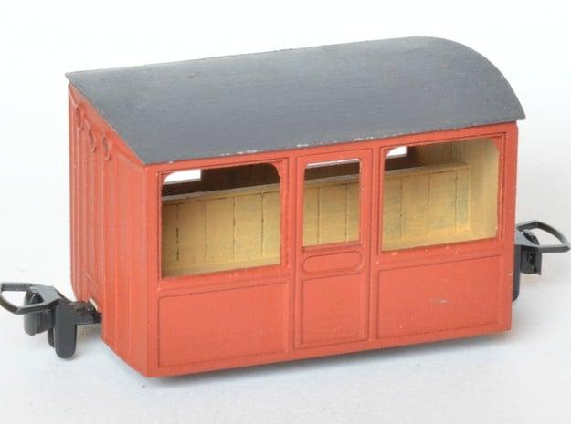 FR Porthole Bug Box in Smooth Fine Detail Plastic