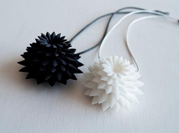 Big Bloom Pendant in White Natural Versatile Plastic