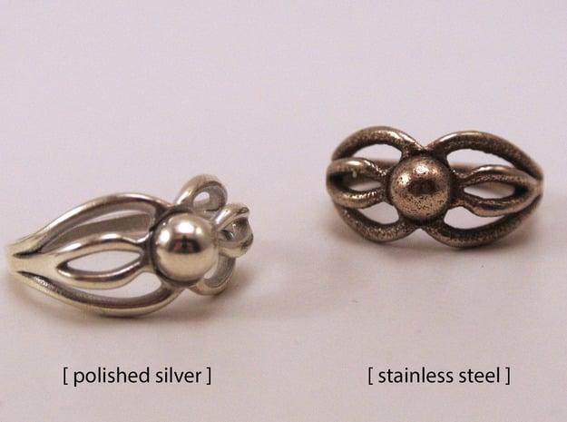 Octopus ring in Polished Nickel Steel