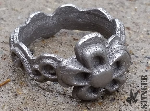 Flower Ring Size 6 1/2 in Polished and Bronzed Black Steel