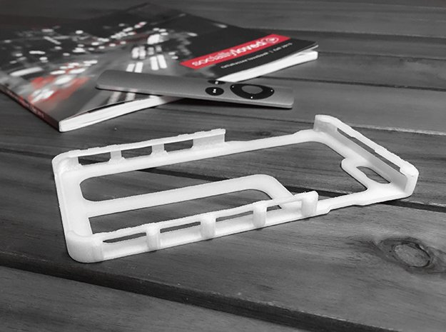 iPhone 6/6S Minimal Case V2 in White Natural Versatile Plastic