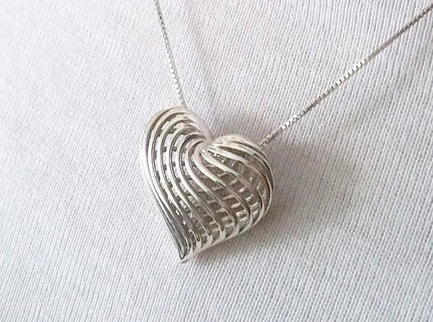 Twirling Heart Pendant in Fine Detail Polished Silver