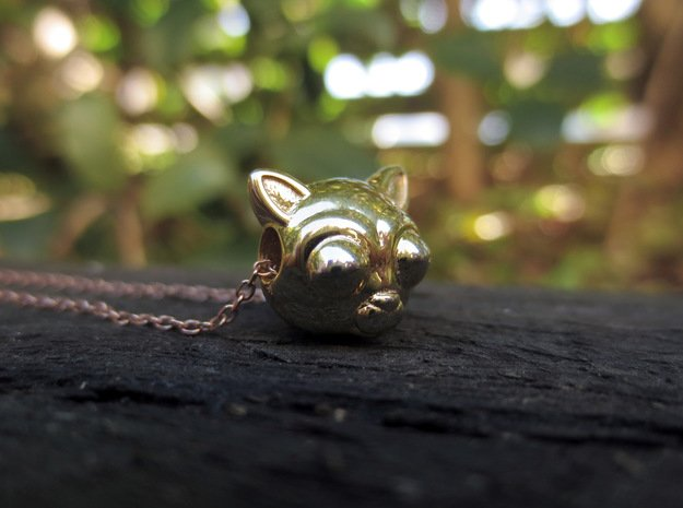 Reversible Cat head pendant in 18k Gold Plated Brass