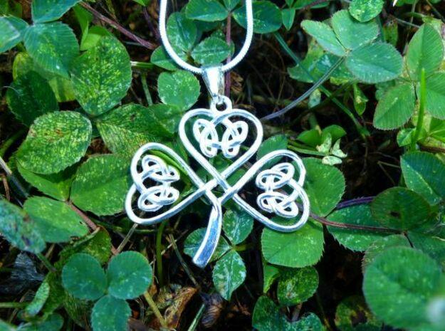 Shamrock Knot Pendant in Polished Silver