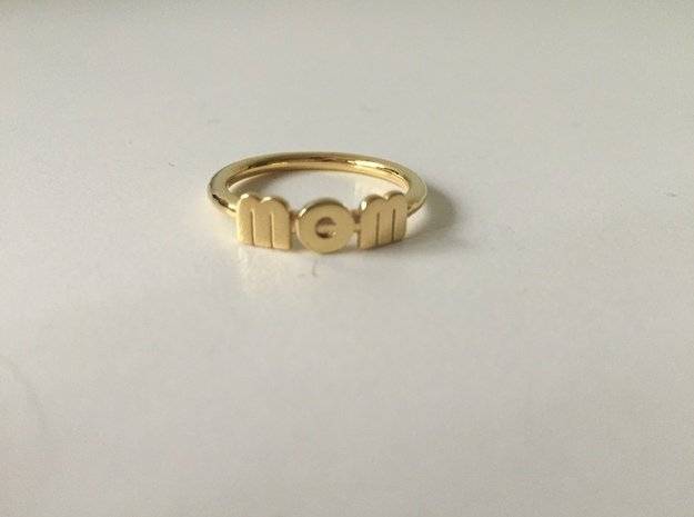 Mom Wow Ring in 18k Gold Plated Brass