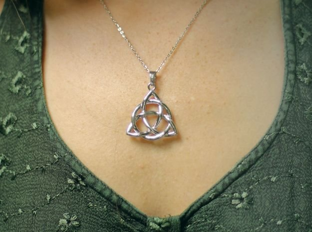 Triquetra Pendant or Trinity Knot Pendant in Polished Silver