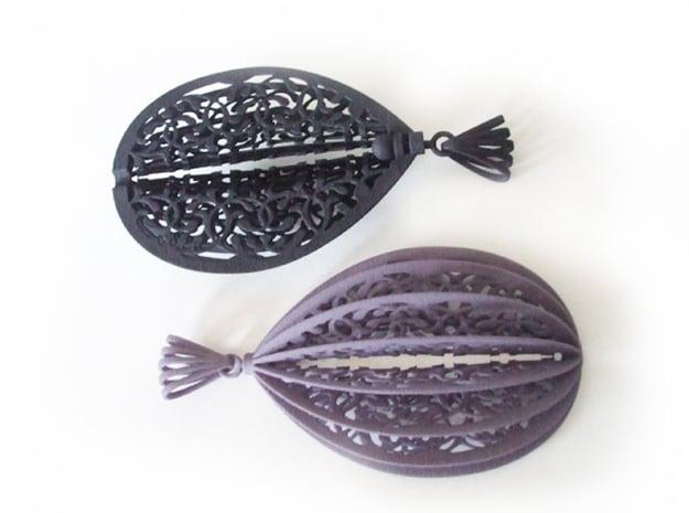 Filigree-hanger in Black Natural Versatile Plastic