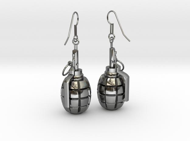 F1 Earrings in Fine Detail Polished Silver