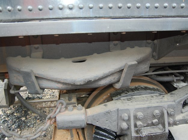 """1&1/2"""" Scale Re-Railer in White Natural Versatile Plastic"""