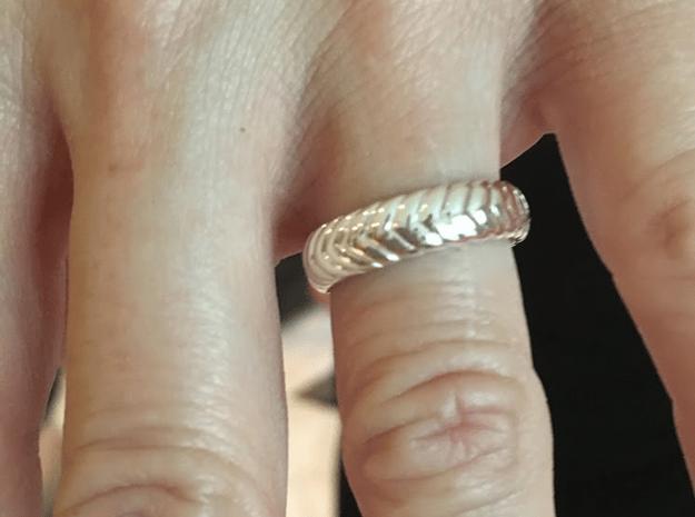 V Ring3  in Fine Detail Polished Silver: 6.5 / 52.75