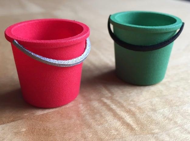 1:12 Bucket in White Processed Versatile Plastic