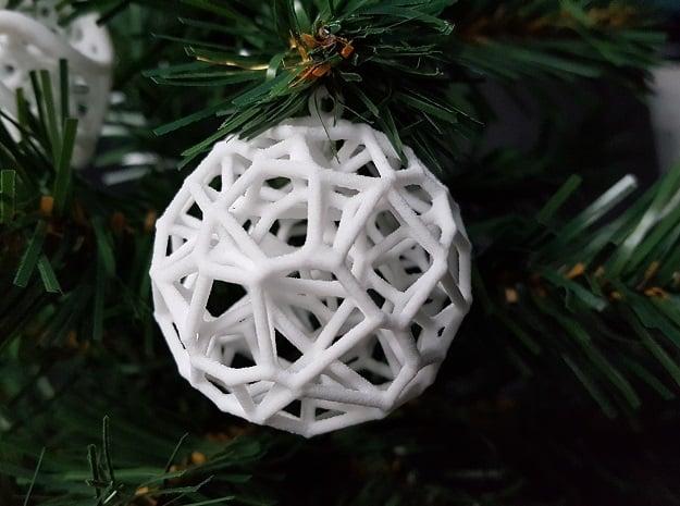 Voronoi Christmas Bauble  in White Natural Versatile Plastic