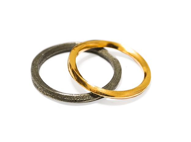 Möbius Ring in Polished Brass: 11 / 64