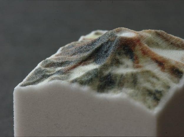 South Sister, Oregon, USA, 1:100000 Explorer in Full Color Sandstone