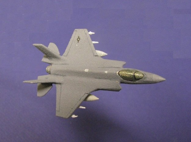 1/285 (6mm) F-35A w/Ordnance in White Natural Versatile Plastic
