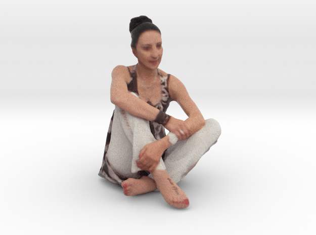 Sitting Woman in Full Color Sandstone