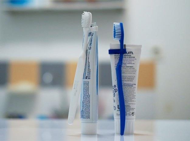 Tooth Brush Clip in Blue Processed Versatile Plastic