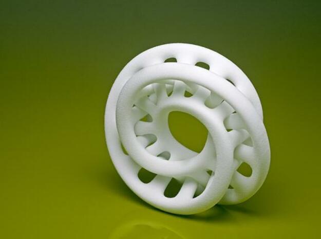 Double Moebius 0.025-9cm in White Natural Versatile Plastic