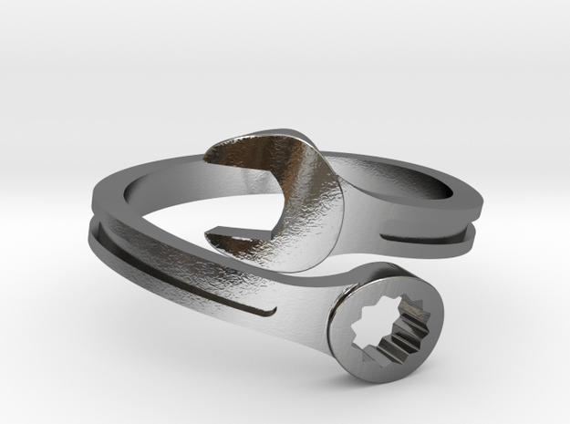Drive Girl. Spanner ring. Speed and drive.