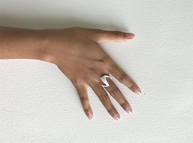 ZEPHYR BASIC monochrome  in White Processed Versatile Plastic: 5 / 49